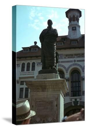 Statue of the Roman poet Ovid, 1st century-Unknown-Stretched Canvas Print