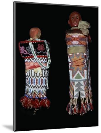 Native American Memomini Dolls-Unknown-Mounted Giclee Print