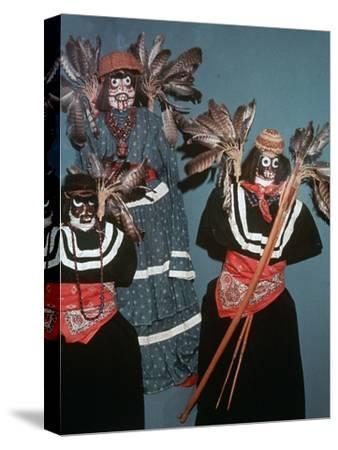 Native American Deguero funerary effigies-Unknown-Stretched Canvas Print