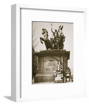 Monument to Boadicea, Westminster Bridge, London, c1926-1927-Unknown-Framed Photographic Print