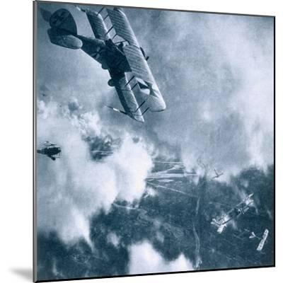Aerial combat on the Western Front, World War I, 1914-1918-Unknown-Mounted Photographic Print