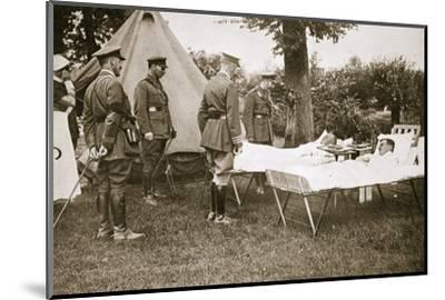 King George V conversing with wounded officers, France, World War I, 1916-Unknown-Mounted Photographic Print
