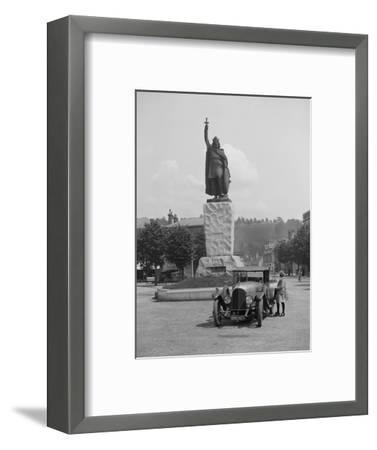 Bentley EXP3 in front of the statue of King Alfred, High Street, Winchester, Hampshire, c1920s-Bill Brunell-Framed Photographic Print