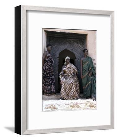 Nana Amonu X, Fante Omanhene of Anomabu, and two members of his court, Ghana, 1977-Werner Forman-Framed Photographic Print