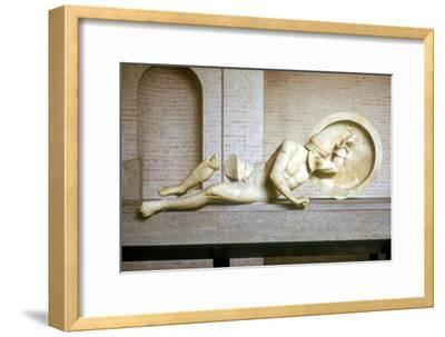 Fallen warrior from the East Pediment of the Temple of Aphaia, Aegina, Greece, built c500-c480 BC-Unknown-Framed Giclee Print