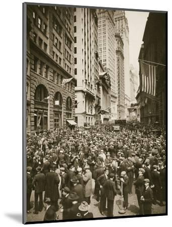 Crowds on Wall Street, New York, USA, 1918-Unknown-Mounted Photographic Print