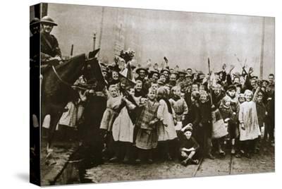 Lille delivered, France, World War I, 1918-Unknown-Stretched Canvas Print
