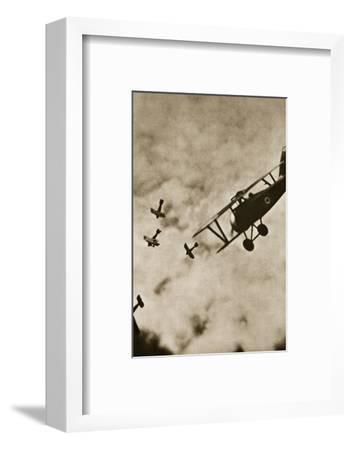 Pursuit. Aerial warfare, World War I, c1916-c1918-Unknown-Framed Photographic Print