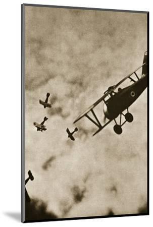 Pursuit. Aerial warfare, World War I, c1916-c1918-Unknown-Mounted Photographic Print
