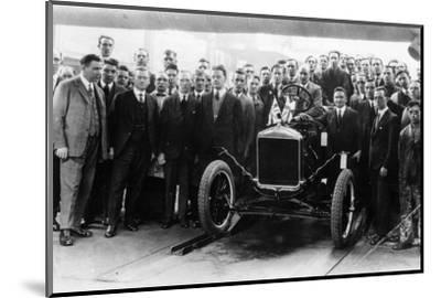 250,000th Model T Ford produced at Manchester, 1925-Unknown-Mounted Photographic Print