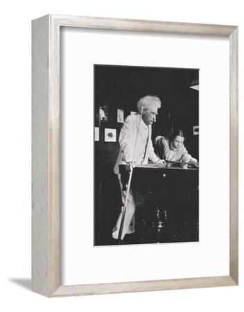 Mark Twain, American author, playing pool, c1900s(?)-Unknown-Framed Photographic Print