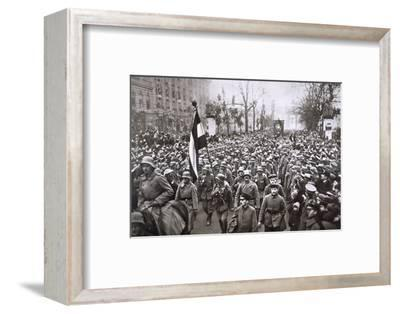 Return of the Guard from the War, Germany, December 1918-Unknown-Framed Photographic Print