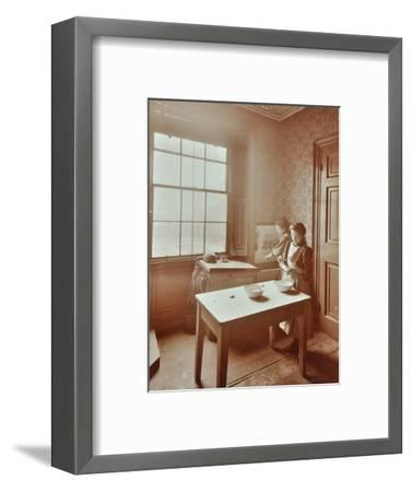 Housewifery, Barnsbury Park School, Islington, London, 1908-Unknown-Framed Photographic Print