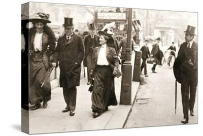 Suffragettes trying to speak to the Prime Minister, London, 1908-Unknown-Stretched Canvas Print
