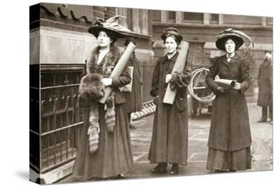 Suffragettes armed with materials to chain themselves to railings, 1909-Unknown-Stretched Canvas Print