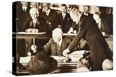 Herbert Hoover, accepting the Republican nomination for the US presidency, 1928-Unknown-Stretched Canvas Print