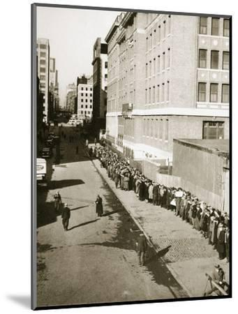 The breadline, a visible sign of poverty during the Great Depression, USA, 1930s-Unknown-Mounted Photographic Print