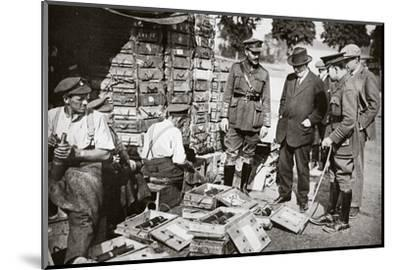 Mr Asquith watching men adjusting fuses, Somme campaign, France, World War I, 1916-Unknown-Mounted Photographic Print