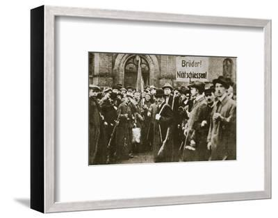 'Brothers, Don't Shoot!', placard during the German Revolution, Berlin, c1918-c1919-Unknown-Framed Photographic Print