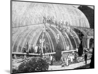 Making repairs to the Great Conservatory at Chatsworth, Derbyshire, late 19th century-Unknown-Mounted Photographic Print