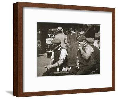 Day labourers having a hot dog and lemonade, Battery Park, New York, USA, early 1930s-Unknown-Framed Photographic Print
