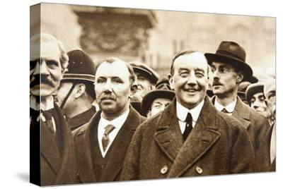 Members of Britain's first Labour Government, after leaving Buckingham Palace, London, 1924-Unknown-Stretched Canvas Print