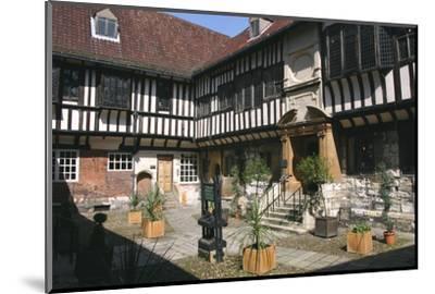 St William's College, York, North Yorkshire-Rolf Richardson-Mounted Photographic Print