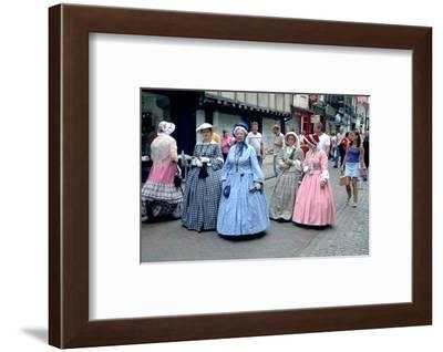2333917.jp-Peter Thompson-Framed Photographic Print