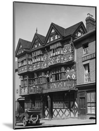 Buick outside the Feathers Hotel, Ludlow, Shropshire, c1930-Bill Brunell-Mounted Photographic Print