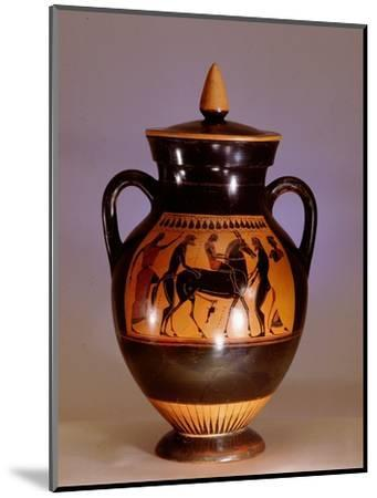Black painted Athenian amphora with scene from the cult of Dionysus-Werner Forman-Mounted Giclee Print