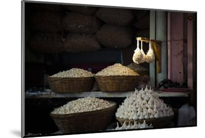 Garlic Market 2-Valda Bailey-Mounted Photographic Print
