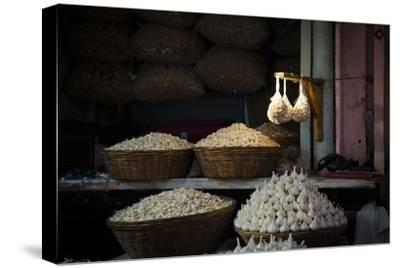 Garlic Market 2-Valda Bailey-Stretched Canvas Print