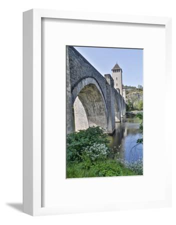 France, Cahors. Pont Valentre over the Lot river-Hollice Looney-Framed Photographic Print