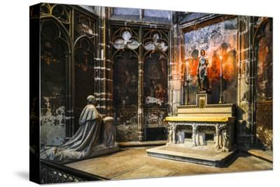 France, Toulouse. Cathedral of St. Etienne interior.-Hollice Looney-Stretched Canvas Print
