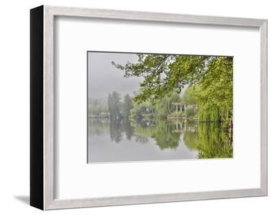 France, Cajarc. Early morning fog on the Lot River.-Hollice Looney-Framed Photographic Print