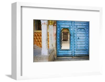 India, Rajasthan. colorful house.-Jaynes Gallery-Framed Photographic Print
