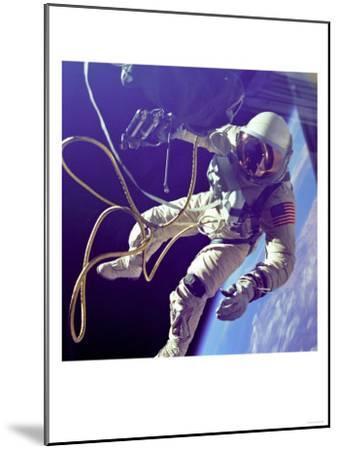 Ed White First American Spacewalker Photograph - Cape Canaveral, FL-Lantern Press-Mounted Art Print