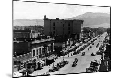 Grand Junction, Colorado - Street Scene-Lantern Press-Mounted Art Print