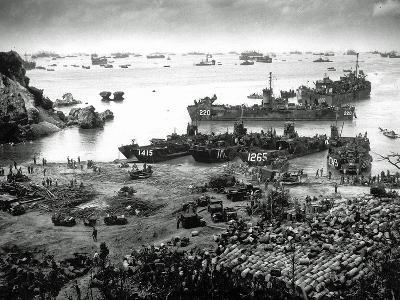 U.S. Invasion Forces Establish a Beachhead on Okinawa Island--Photographic Print