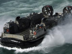 U.S. Navy Landing Craft Air Cushion Heading to the Kuwait Naval Base