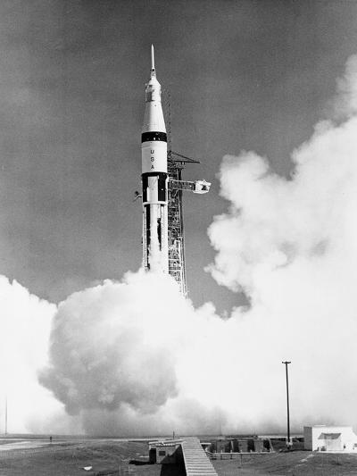 U.S. Saturn Apollo 7 Liftoff--Photographic Print