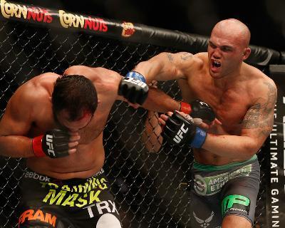 UFC 181 - Hendricks v Lawler-Josh Hedges-Photo