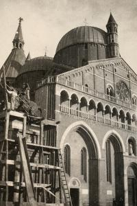 The Gattamelata Equestrian Monument, under Restoration, in Padova During WWI by Ugo Ojetti