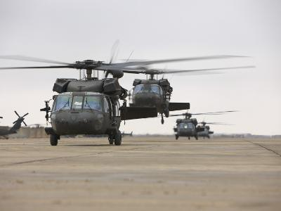 UH-60 Black Hawks Taxis Out for a Mission over Northern Iraq--Photographic Print