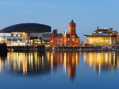 Uk, Wales, Cardiff, Cardiff Bay, Millennium Centre, Pier Head, Welsh Assembly Building-Christian Kober-Photographic Print