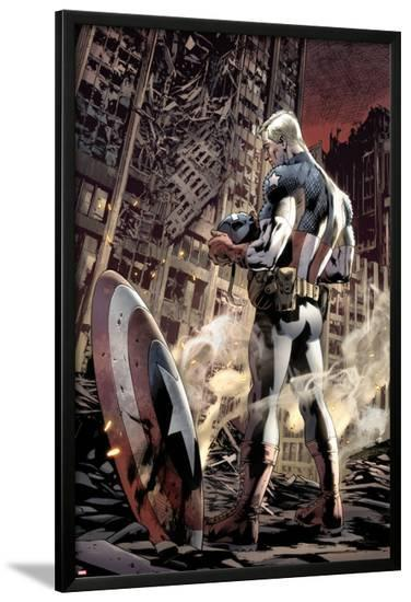 Ultimate Fallout No.6 Cover: Captain America Standing, Looking at his Shield-Bryan Hitch-Lamina Framed Poster