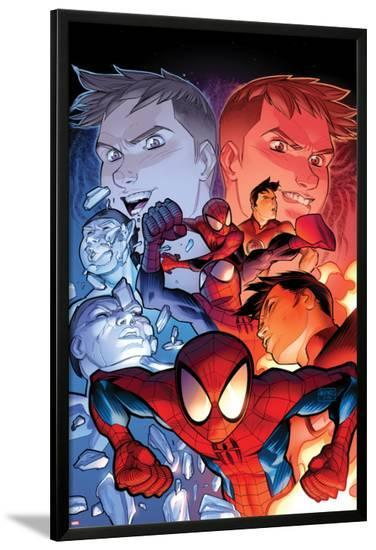 Ultimate Spider-Man No.14 Cover: Spider-Man Posing-David LaFuente-Lamina Framed Poster