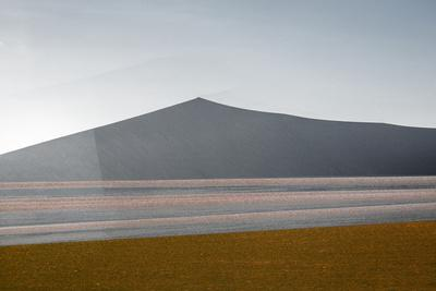 https://imgc.artprintimages.com/img/print/under-african-skies_u-l-q1bklz00.jpg?p=0