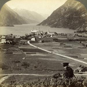 Odda, Hardangerfjord, Norway by Underwood & Underwood