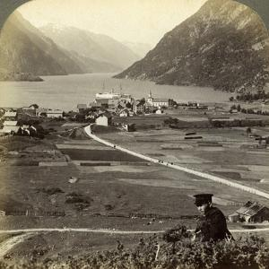 Odda, Hardangerfjord, Norway by Underwood & Underwood